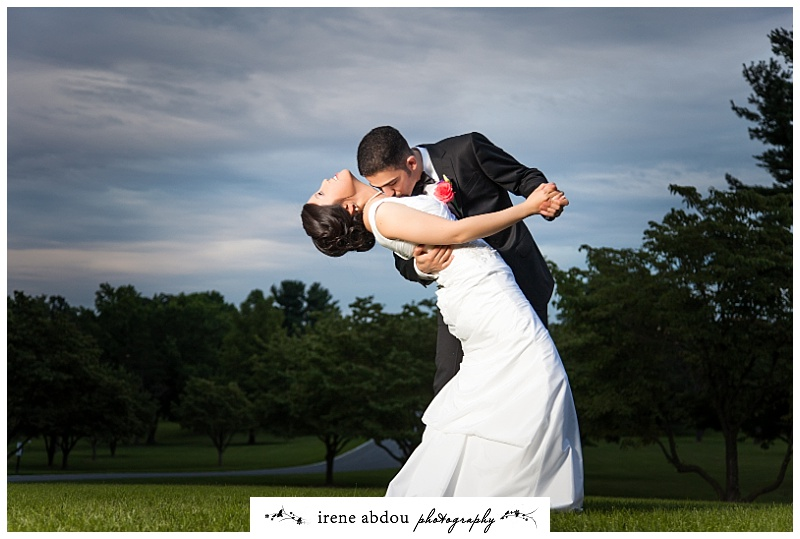 Make wedding memories with photographs
