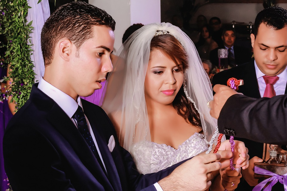 Your wedding officiant will guarantee  that your ceremony goes right
